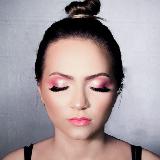 Ana Clara Beauty Artist